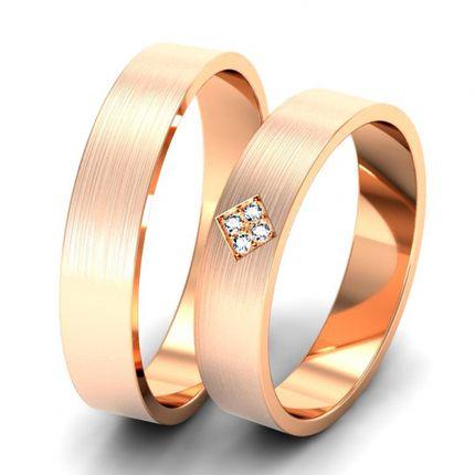 Матовые обручальные кольца с бриллиантами. На заказ