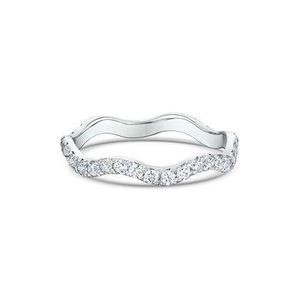 Тоненькое обручальное кольцо с 34 бриллиантами. На заказ