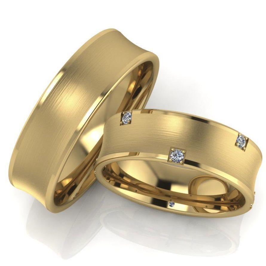 Широкие обручальные кольца с бриллиантами. На заказ