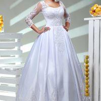 Екатерина. белое айвори, 40-44, 44-48, 48-52. Пышное атласное платье, с нежными рукавами 3/4 и оригинальным декольте. Кружева на юбке впереди и сзади. 17000