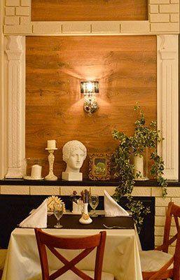 """Столик ресторана - фото 15995246 Ресторан """"Итальянский дворик - Первый"""""""