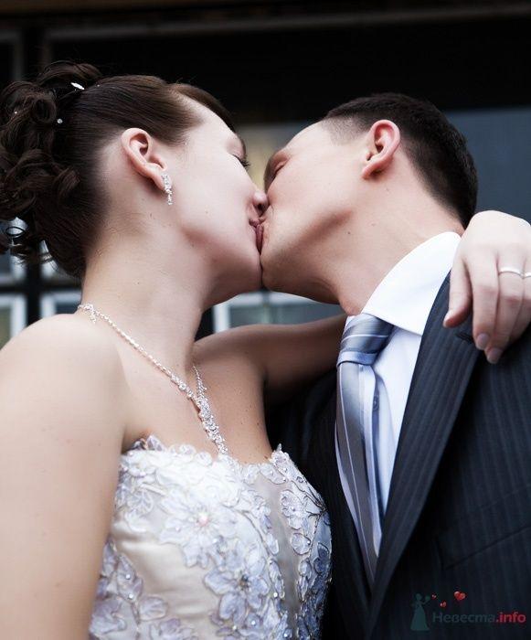 Фото 52921 в коллекции Свадебные фотографии - Невеста01