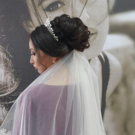 Репетиция свадебного образа невесты