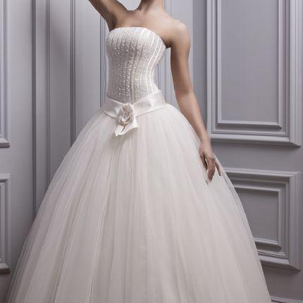 Пышное платья с заниженной талией