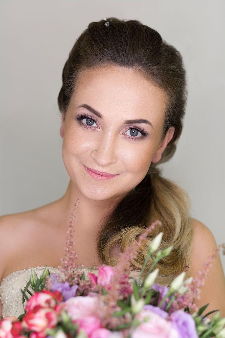 Нежный свадебный макияж - фото 17600606 Невеста01