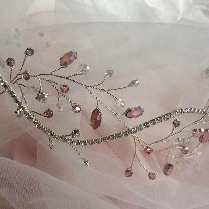 Венок свадебный нежно розового цвета