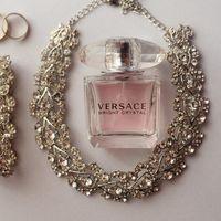 Комплект - ожерелье и серьги.  К нему есть браслет  Производство - Mariell, США