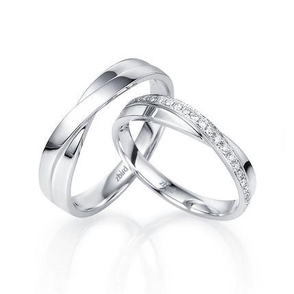 Обручальное кольцо с бриллиантом WRA122W