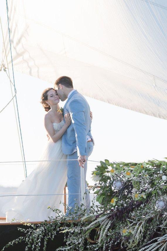 Организация свадьбы на яхте, до 6 человек