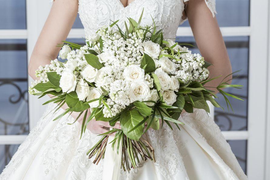 Раскидистый букет невесты
