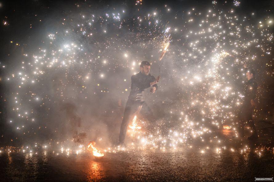 """Фото 19602206 в коллекции Фаер шоу """"Прометей"""" - """"Прометей"""" - огненное фаер-шоу"""