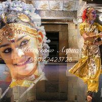 Классический индийский танец в стиле бхаратанатьям