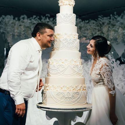 Свадебные торты с мастикой, цена за 1 кг