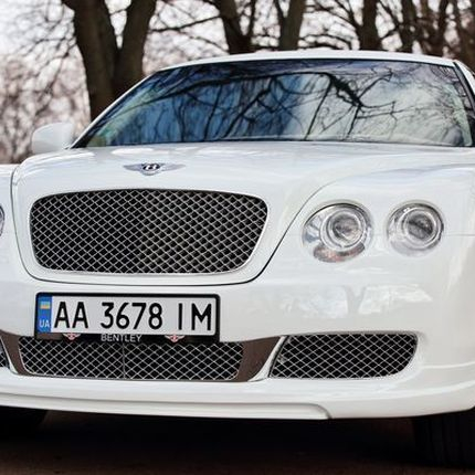 Аренда лимузина Bentley Continental Flying Spur, 1 час