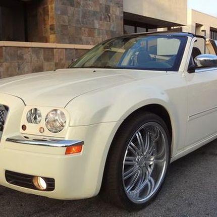 220 Кабриолет Chrysler 300C белый в аренду