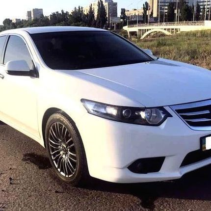 146 Honda Accord белая в аренду