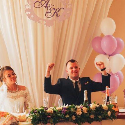 Букеты из подаренных на свадьбу цветов