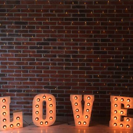Ламповые буквы