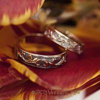 Парные обручальные кольца без камней