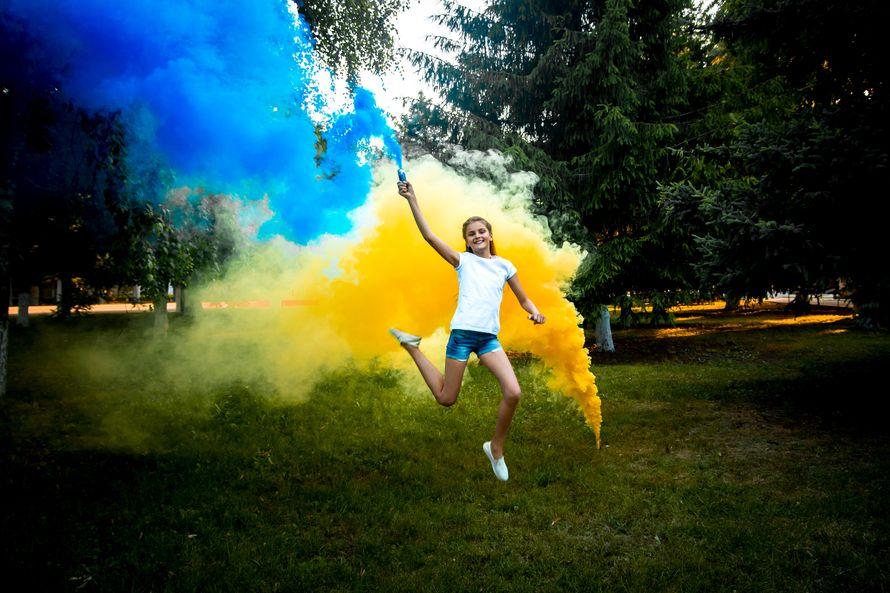 """Фото 18110194 в коллекции Цветной дым - Пиротехника """"Цветной дым"""""""