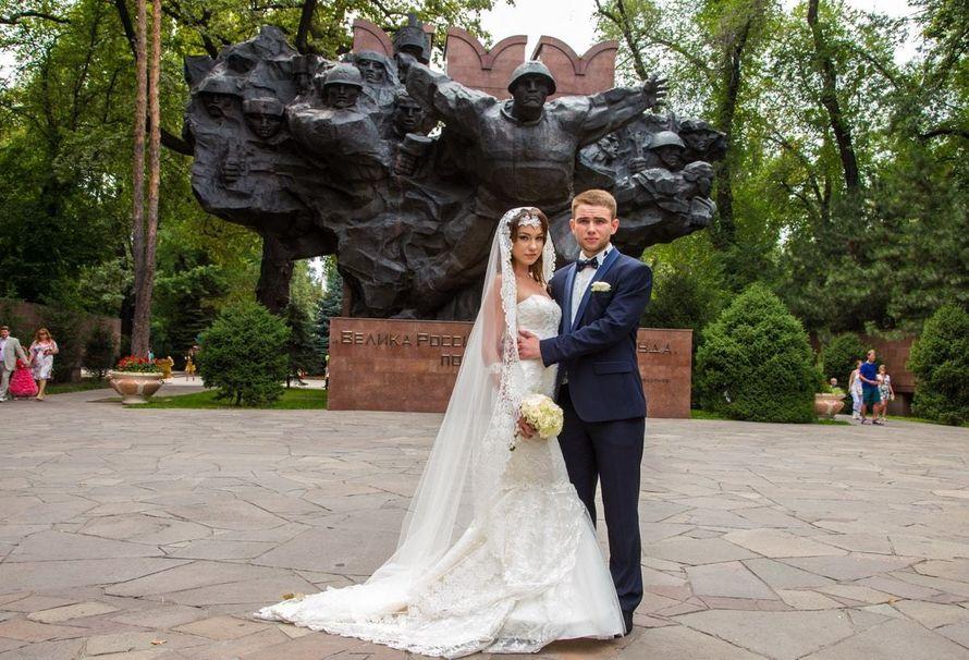 Фотосъемка свадьбы в Парке 28 панфиловцев - фото 18367568 Фотограф Александр Подрезов