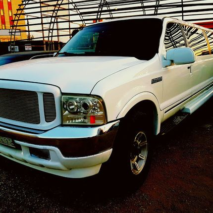 FORD EXCURSION в аренду, 1 час