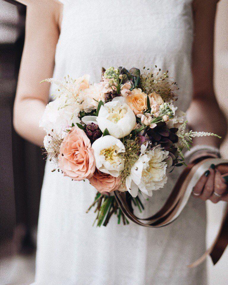 """Фото 18494842 в коллекции Букеты невест - Цветочная мастерская """"Дари"""""""