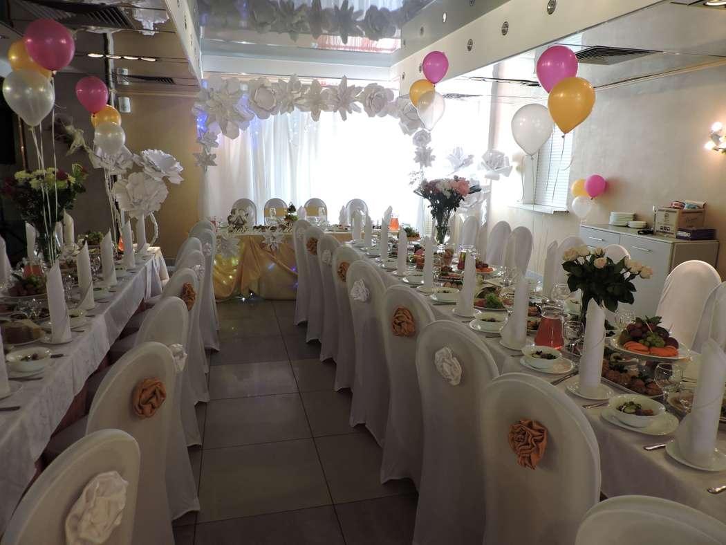 Фото 18595128 в коллекции Декор свадебного зала объемными цветами - AриКэт - оформление мероприятий