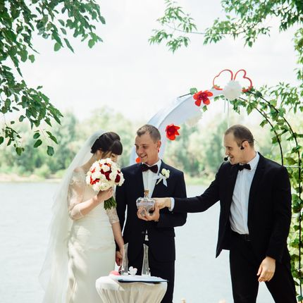 Проведение свадьбы в будний день, 6 часов