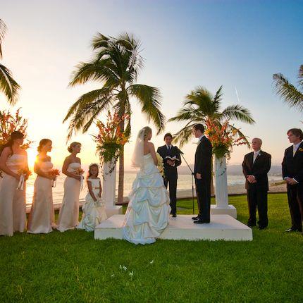 Организация официальной свадьбы на Бали