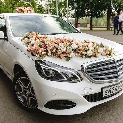 Mercedes E Class в аренду, 1 час