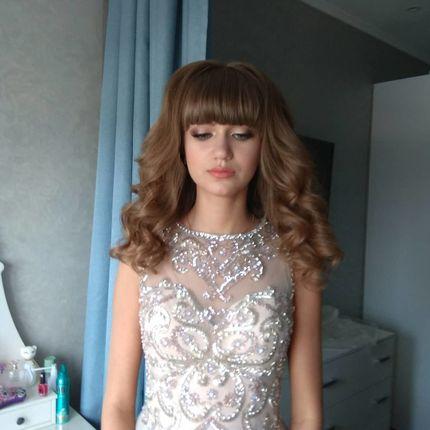 Репетиция причёски и макияжа для невесты