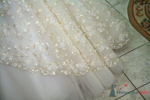 Фото 57336 в коллекции Свадьба: примерка платья - Невеста01