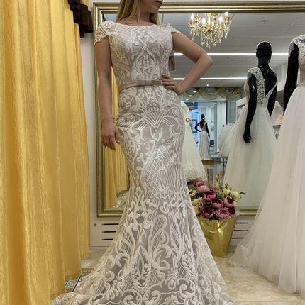 Платье русалка цвета капучино