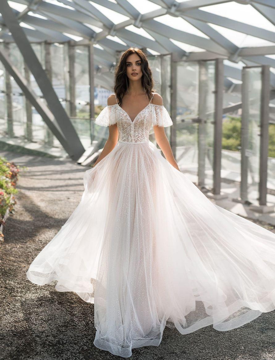 Фото 19018152 в коллекции NATALIA ROMANOVA - Салон свадебной и вечерней моды Фея