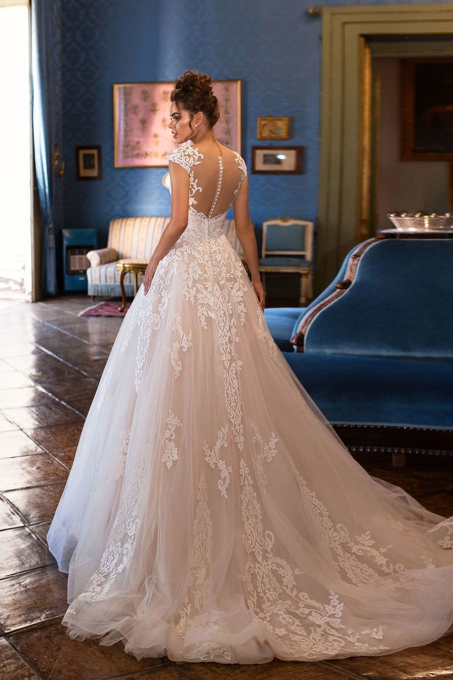 Фото 19018186 в коллекции lussano - Салон свадебной и вечерней моды Фея