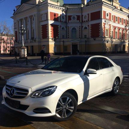Аренда Mercedes E class с водителем