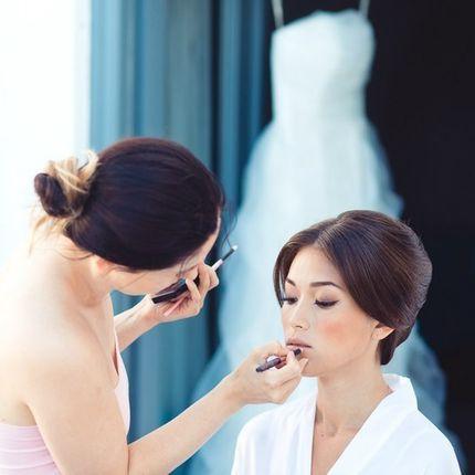 Консультация по выбору прически и макияжа
