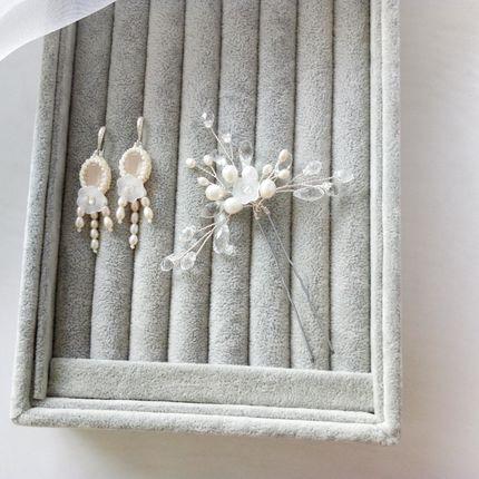 Шпилька и серьги для невесты