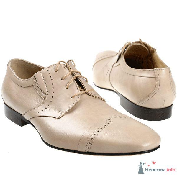 Бежевые модельные кожаные мужские туфли с черными каблуками и со шнурками - фото 76079 Kwinto-shoes - cвадебная обувь