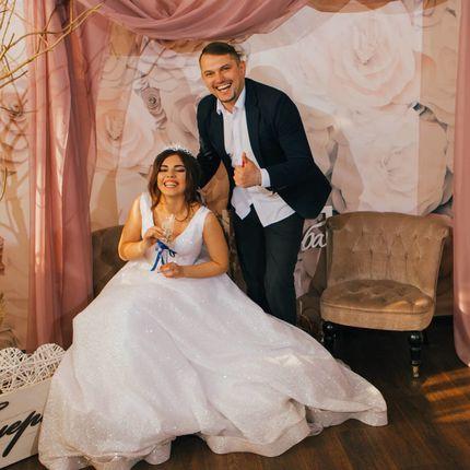 Проведение свадьбы + Dj, почасовая оплата