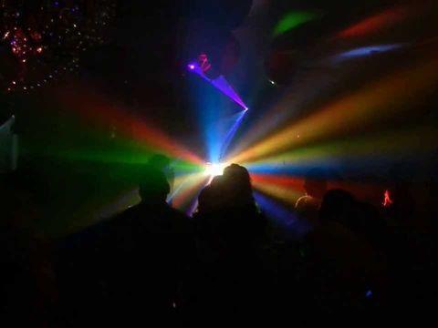 Лазер + дым = классная дискотека!!!